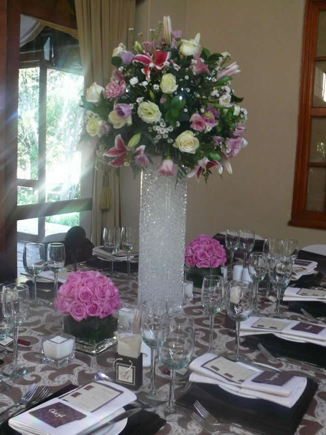 Centre Pieces And Table Settings Classy Candle Hire