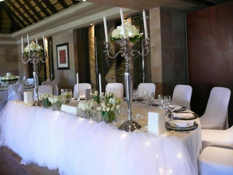 Main Bridal Table Traditional White Wedding